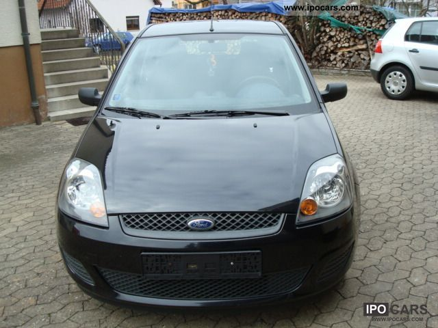 2007 Ford  Fiesta 1.3 Ambiente Small Car Used vehicle photo