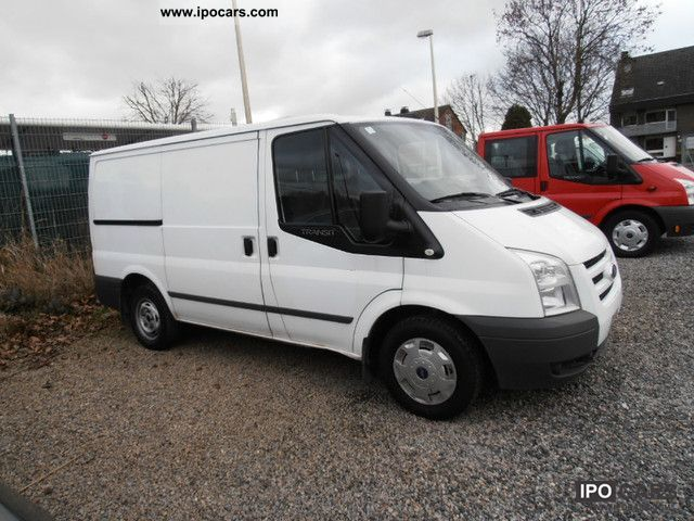 2009 Ford  Transit FT 300 2.2 TDCi, 1Hd., Cruise control, PDC, NAVI Van / Minibus Used vehicle photo