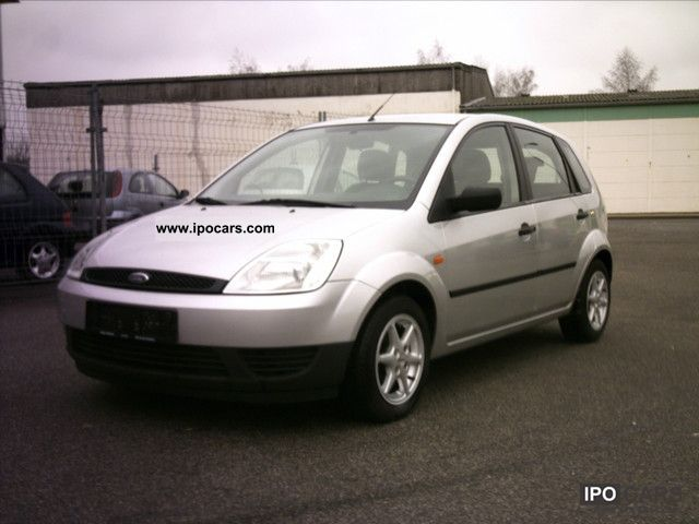 2004 ford fiesta 1 3 ambiente car photo and specs. Black Bedroom Furniture Sets. Home Design Ideas