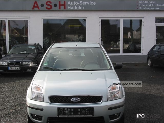 2003 Ford  Fusion 1.6 Ambiente Small Car Used vehicle photo