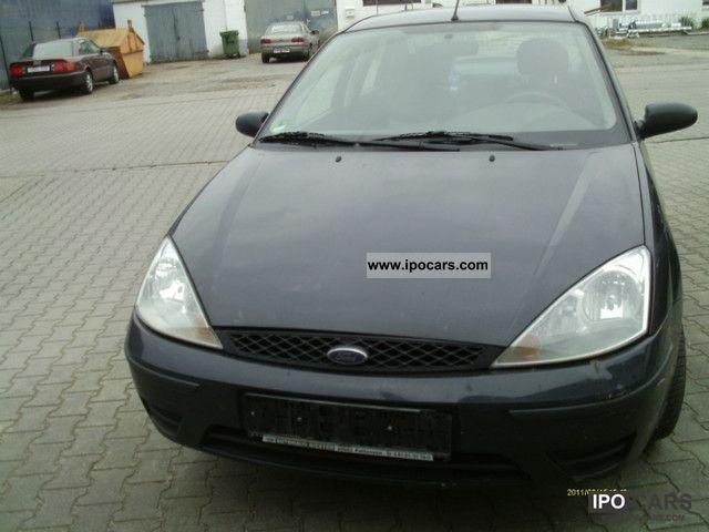 2002 Ford  Focus 1.6 Futura climate-EURO-4 Limousine Used vehicle photo