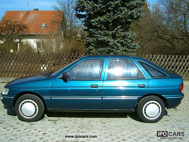 1994 Ford  Fun Escort Limousine Used vehicle photo