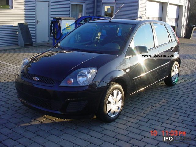 2008 Ford  Fiesta 1.3 / climate / € 4 Small Car Used vehicle photo