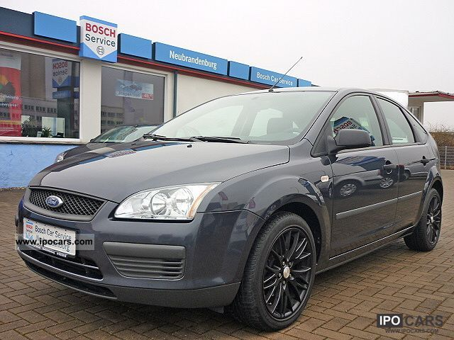 2006 Ford  Focus 1.6 TDCi + winter wheels Limousine Used vehicle photo