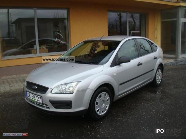 2005 ford focus 1 6 tdci 110 km climate z car photo and specs. Black Bedroom Furniture Sets. Home Design Ideas