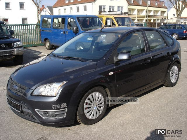 2008 Ford  Focus 1.6 16V SPORT; Limousine Used vehicle photo