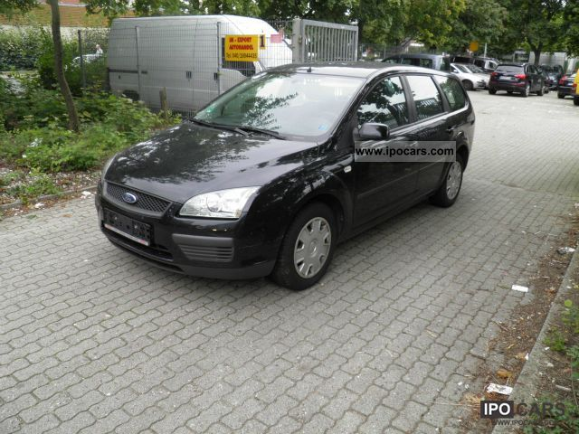 2007 Ford  Focus 1.6 16V Air X Fun / € 4 price Estate Car Used vehicle photo