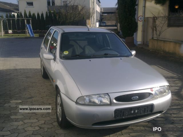 2001 Ford  Fiesta DI Small Car Used vehicle photo