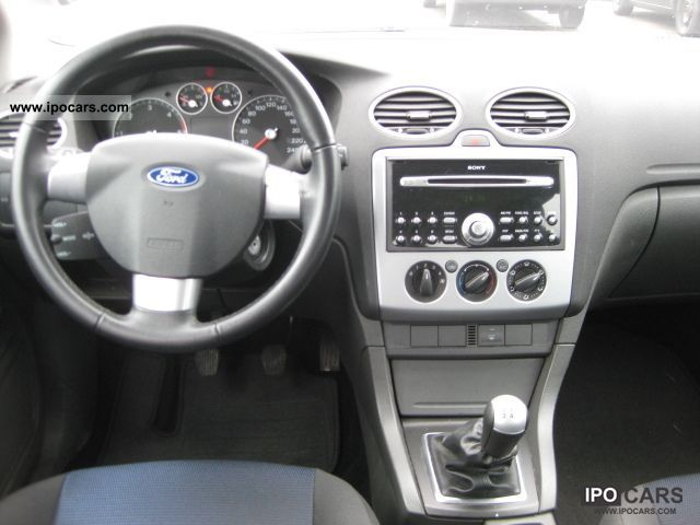 2005 Ford Focus 16 TDCi Sport  Car Photo and Specs