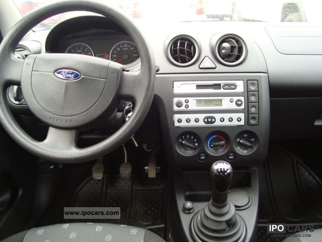 2005 Ford Fiesta 1 3 Car Photo And Specs