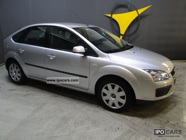 2006 Ford  Focus, 1.6 5drs Small Car Used vehicle photo