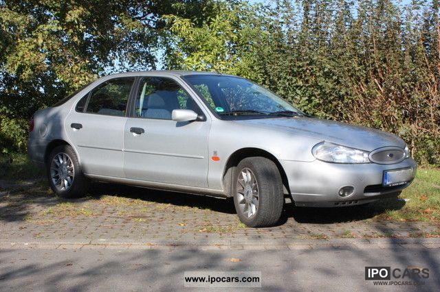 2000 Ford  16V Mondeo Ambiente Limousine Used vehicle photo