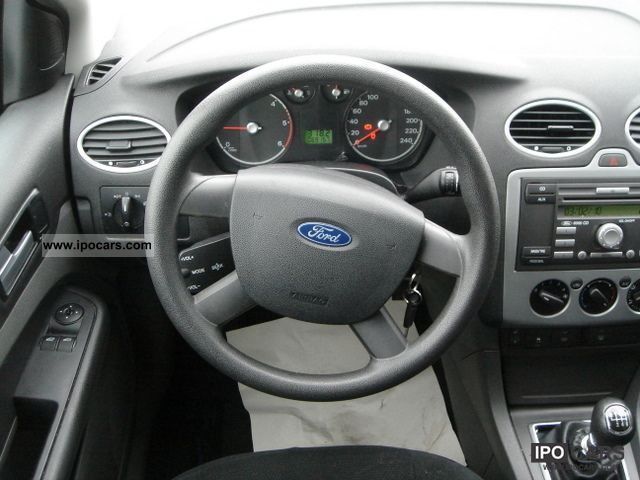 2006 Ford Focus 2 0 Tdci Trend Tournament Windshield