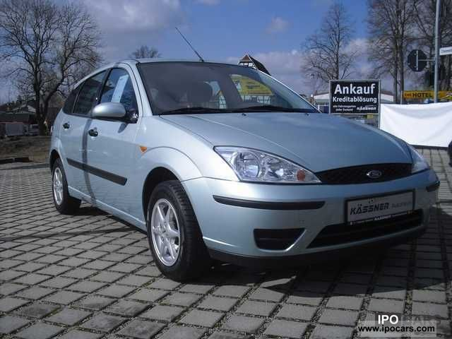 2004 ford focus 1 6 viva car photo and specs. Black Bedroom Furniture Sets. Home Design Ideas