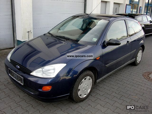 2001 Ford  Focus Trend --- first HAND-HU/AU NEW! --- Limousine Used vehicle photo