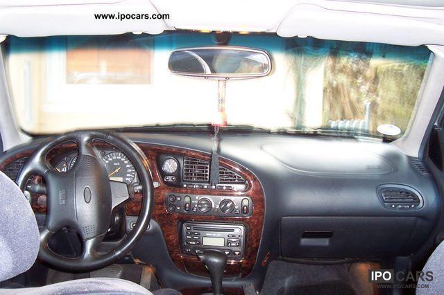 1997 Ford  2.9-24V Estate Car Used vehicle photo