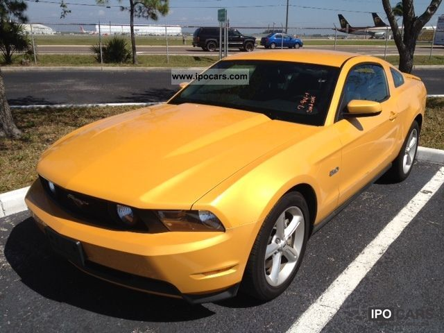 2011 Ford  Model Year 2012 Mustang GT Automatic Sports car/Coupe Used vehicle photo