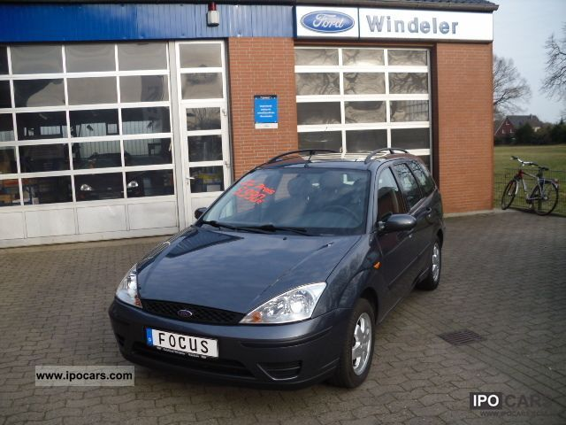 2003 Ford  Focus Wagon Trend Estate Car Used vehicle photo