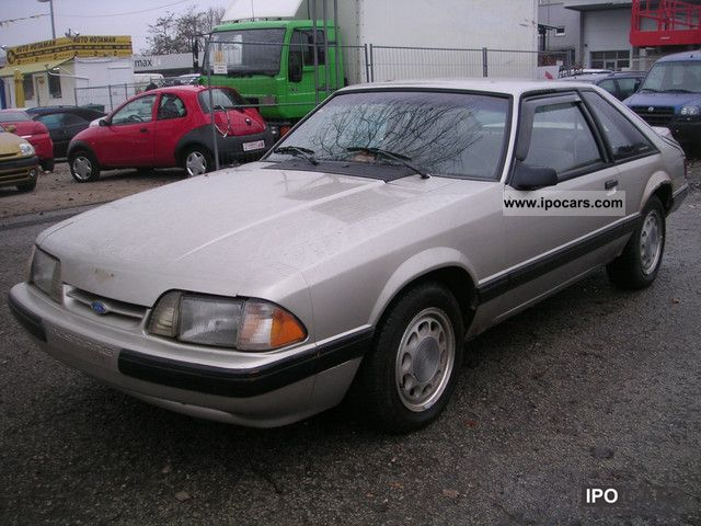1991 Ford  Mustang Sports car/Coupe Used vehicle photo