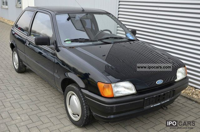 1992 Ford  Fiesta C 1.1 Inspection: 03/2012 Small Car Used vehicle photo