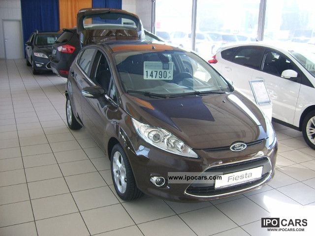 2011 ford fiesta car photo and specs. Black Bedroom Furniture Sets. Home Design Ideas