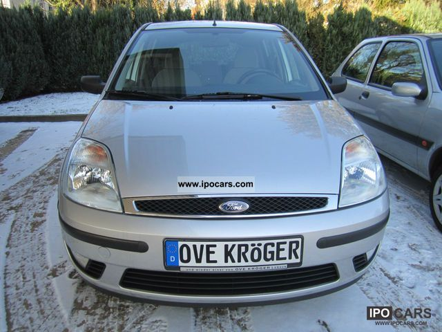 2002 Ford  Fiesta 1.4 Ghia 5 doors, well maintained Small Car Used vehicle photo
