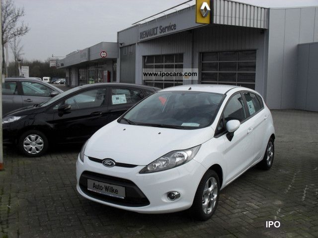 2012 Ford  Fiesta 1.25 Climate CD-PDC Small Car Used vehicle photo