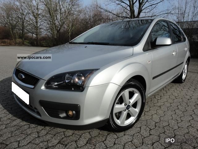 2006 Ford  Focus 1.6 TDCi DPF Climate | 5 - door | 16 \ Limousine Used vehicle photo