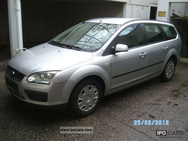 2006 Ford  Focus 1.6 TDCi DPF green! No company car! Estate Car Used vehicle photo