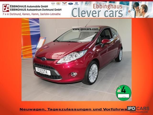 2011 Ford  Fiesta 1.2 Titanium Automatic air conditioning € 5 Alu CD Small Car Pre-Registration photo