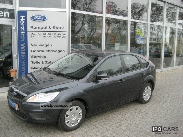 2009 Ford  Concept Focus 1.6 (EURO 5) Limousine Used vehicle photo