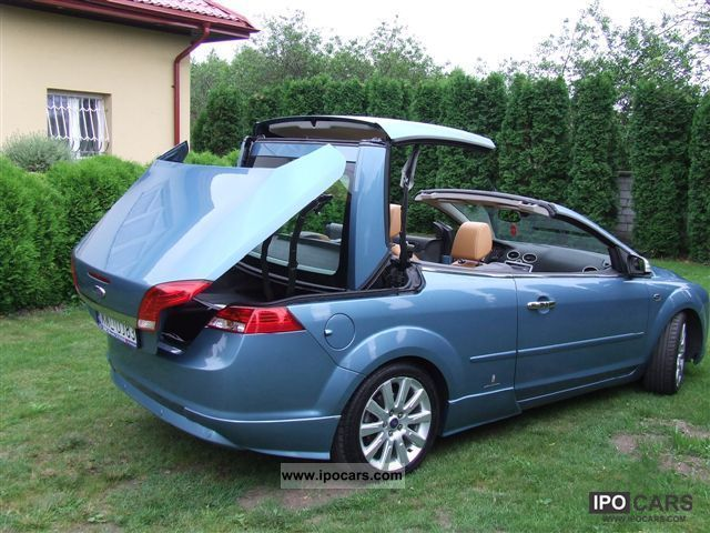2007 ford focus car photo and specs. Black Bedroom Furniture Sets. Home Design Ideas