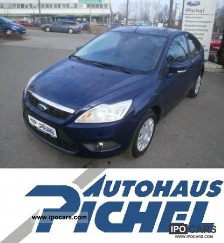 2010 Ford  Concept Focus 1.6 (EURO 5) Limousine Used vehicle photo