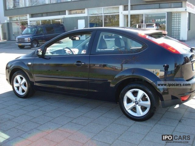 2006 ford focus 1 6 16v titanium ti vct car photo and specs. Black Bedroom Furniture Sets. Home Design Ideas