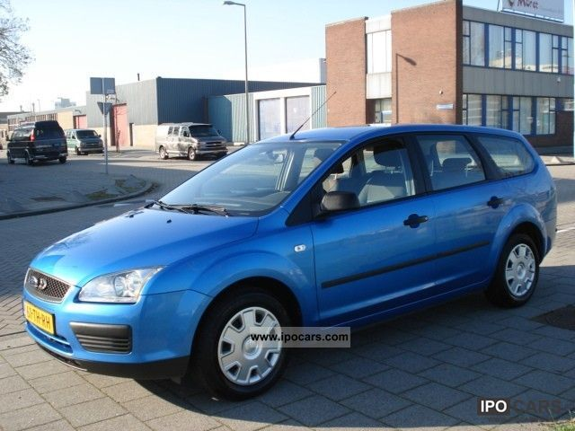 2006 Ford  Focus Wagon 1.6 16v Trend Estate Car Used vehicle photo