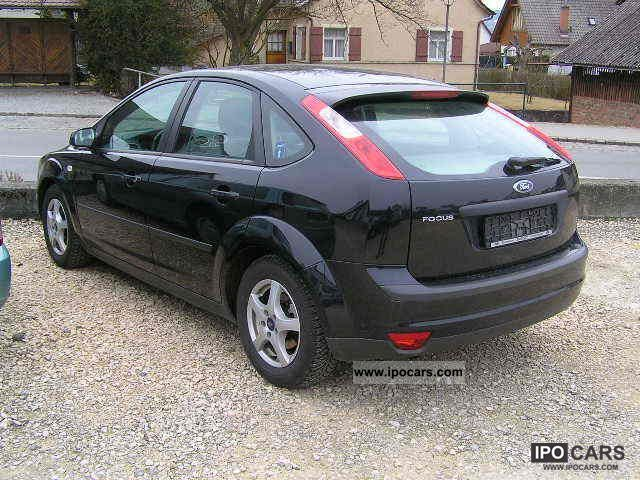 2005 ford focus 1 6 16v sport car photo and specs. Black Bedroom Furniture Sets. Home Design Ideas