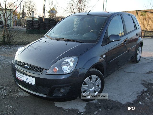 2008 Ford  Fiesta Small Car Used vehicle photo