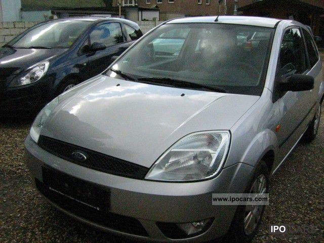 2003 Ford  Fiesta 1.4 Ambiente Small Car Used vehicle photo