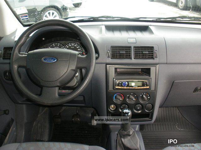2009 Ford Transit Connect 18 TDCI box KRS air hitch  Car