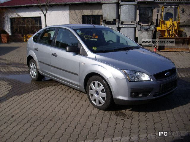 2005 Ford Focus 20 TDCi Trend  Car Photo and Specs