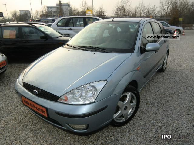 2004 Ford  Focus TDCi Futura * 1.Hand/Scheckheft at GE Limousine Used vehicle photo