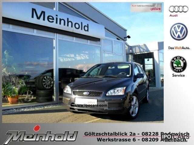 2006 Ford  Focus 1.6 Fun ALU X 17 'CD SPOILER WSS HEAT. Limousine Used vehicle photo