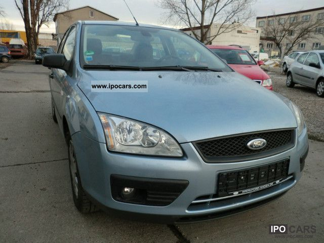 2006 Ford  Focus 1.6 16V Automatic / Klimaanlage/1.Hand Limousine Used vehicle photo
