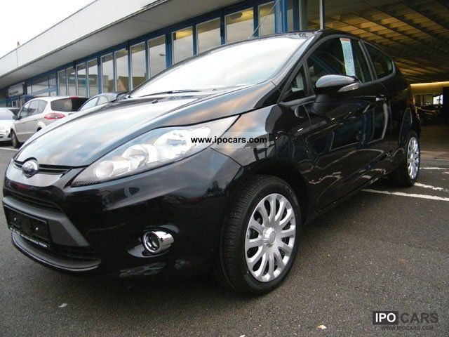 2011 Ford  Fiesta Limousine Demonstration Vehicle photo