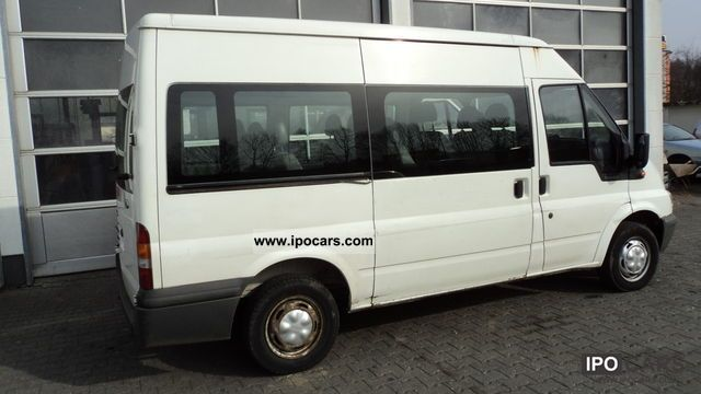 2001 Ford  9-sizen Van / Minibus Used vehicle photo