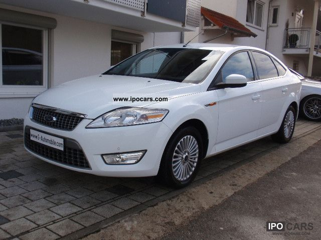 2010 Ford  Mondeo 2.0 TDCi DPF * Navi * PDC * Air * Car * Titanium Limousine Used vehicle photo