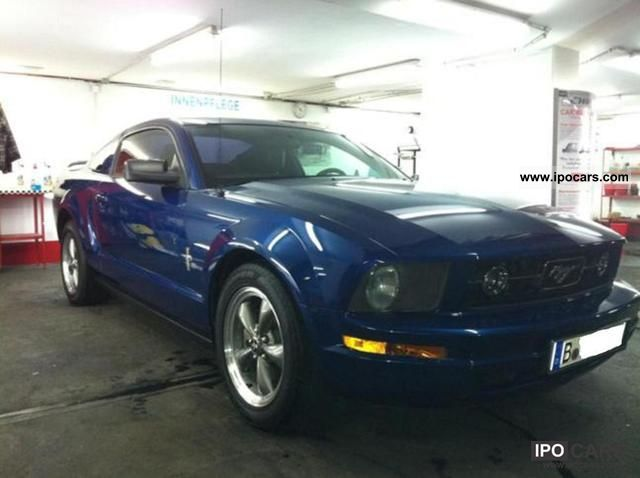 2006 Ford  Mustang V6 * Full Leather * German papers Sports car/Coupe Used vehicle photo
