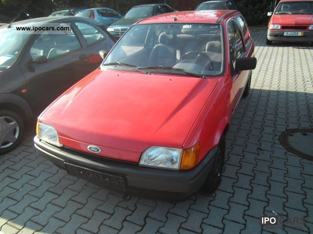1992 Ford  Fiesta 1.1 * AUTOMATIC * Limousine Used vehicle photo