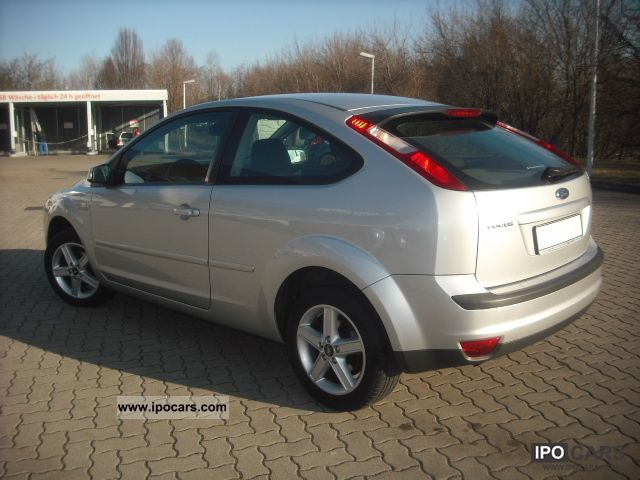 2006 ford focus 1 8 titanium car photo and specs. Black Bedroom Furniture Sets. Home Design Ideas