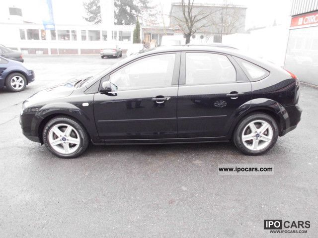 2006 Ford  Focus 1.6 Connection Limousine Used vehicle photo